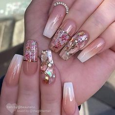The Dried Flower Nail Art Designs can be created on fingernails of any appearance and width, and can be adapted to any blush combination and any textural flower pattern. Dried Flower Nail Art Designs is the best acceptable, because flowers are the s Acrylic Nail Art, Acrylic Nail Designs, Nail Art Designs, Design Art, Fancy Nails, Cute Nails, Pretty Nails, Fabulous Nails, Gorgeous Nails