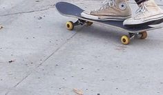 I kinda want to learn how to skateboard so I can be a cool kid or something but I'm too clumsy
