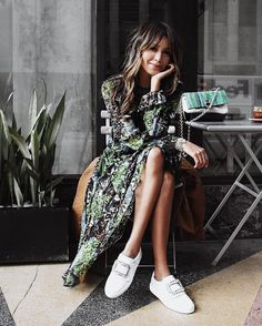 Sittin' pretty in sparkly sneakers and flowy dress! @RogerVivier #OhMyVivier #RogerVivier