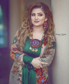Kurdish dresses <3 Pinterest @adarkurdish