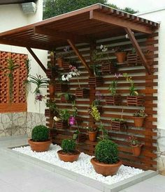 New Ideas For Diy Patio Furniture Ideas Curb Appeal Balcony Garden, Garden Pots, Diy Terrasse, House Plants Decor, Vertical Gardens, Diy Patio, Outdoor Walls, Houseplants, Curb Appeal