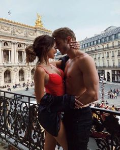 Image discovered by 𝘴𝘶𝘨𝘢. Find images and videos about couple, kiss and Relationship on We Heart It - the app to get lost in what you love. Cute Couples Goals, Couples In Love, Romantic Couples, Couple Goals Relationships, Relationship Goals Pictures, Classy Couple, Love Couple, Rich Couple, Couple Photography