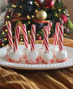 Peppermint Marshmallow Hot Cocoa Sticks