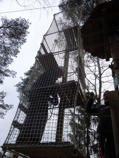 Seikkailupuisto Huippu, musta rata. Tree top Adventure Huippu, black couse. Hochseilgarten Huippu, schwarze Route.