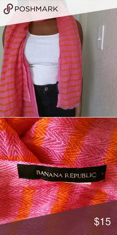 Banana Republic Scarf This scarf would be a great addition, to your outfit! In great condition, like new. Feel free to make an offer. No trades. Please don't advertise your closet. Banana Republic Accessories Scarves & Wraps