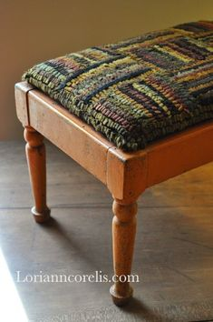 I've had an early shaker footstool just like this one shown here, for years now. I've never quite decided what to do with it because there is no top on mine. After seeing this, I've now decided. Rug Hooking Designs, Rug Hooking Patterns, Rug Patterns, Hook Punch, Locker Hooking, Stool Covers, Rug Inspiration, Hand Hooked Rugs, Penny Rugs