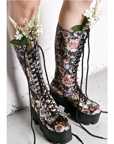Current Mood Maven Boots ...come into our dark garden, bb. These beautiful boots feature a smooth vegan leather construction and are covered in the prettiest plush floral print velvet material, with rounded toes, silver colored grommets, front laces and chunky lightweight open tread platforms.
