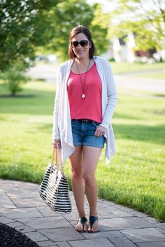 Summer Survival: Expert Packing Tips & the Perfect Summer Travel Outfit