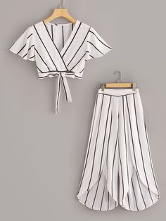To find out about the Surplice Neck Stripe Top & Split Wide Leg Pants Set at SHEIN, part of our latest Two-piece Outfits ready to shop online today! Teenage Outfits, Teen Fashion Outfits, Kids Fashion, Fashion Dresses, Fashion Sets, Woman Fashion, Peplum Dresses, Maxi Outfits, Fashion Blouses
