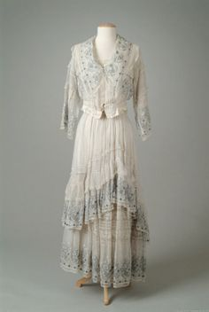 Dress    Lucile, 1917    The Meadow Brook Hall Historic Costume Collection