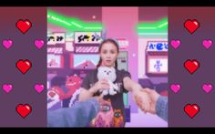 "LEE HI - ""손잡아 줘요 (HOLD MY HAND)"" M/V...Haaayyyyyiiii..the song and the MV are both so cute..<3"