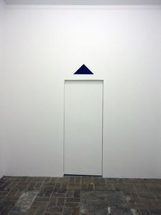Blinky Palermo, Blaues Dreieck (nach Anleitung der Edition von 1969) / Blue Triangle (based on the instructions of the edition from 1969) on ArtStack #blinky-palermo #art