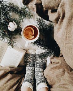 I N S T A G R A M @lindsay @lolindsay -- #winter #fashion #christmas