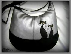 Cicád is belefér ezüstben Bags, Fashion, Handbags, Moda, Fashion Styles, Fashion Illustrations, Bag, Totes, Hand Bags