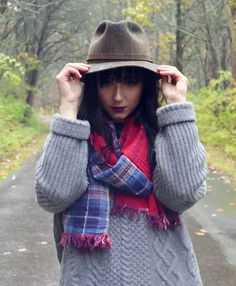 bailey's of hollywood hat, madewell scarf, rag and bone sweater