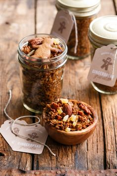 The gingerbread extravaganza continues. This gingerbread granola is based off of my favorite homemade granola recipe. I simply replaced some of the honey wit Appetizer Recipes, Dessert Recipes, Granola Bars, Kid Friendly Meals, Breakfast Recipes, Breakfast Time, Breakfast Ideas, Holiday Recipes, Christmas Recipes