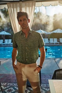 Men'S fashion // photographer dewey nicks for palm springs life magazine resort wear editorial // alex wears a j. lindberg shirt, saks fifth avenue; Palm Springs Fashion, Palm Springs Style, Desert Fashion, Big Men Fashion, Fashion Night, Spring Fashion, Resort Wear, Life Magazine, Men Casual