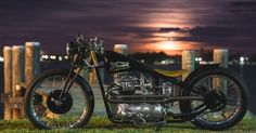 "jaymacphotography:+""+Sweet+Pre-unit+Triumph+…+Built+by+the+Dockyard+Dragsters+.+""+-+MOTORIZED+VEHICLES+-+Cars,+Trucks,+Bikes+and+more+-+Carzz+-+Motorcycles"