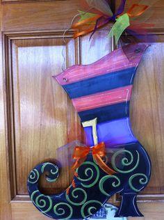 Witch Boot, Halloween witch wreath, Halloween door boot wreath