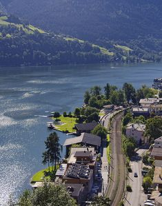 Zell Am See, Austria. Tauern cycle route goes through through town. Great place for overnight stop. Beautiful Places To Travel, Most Beautiful Cities, Great Places, Places To See, Four Corners Monument, Virtual Travel, Heart Of Europe, Innsbruck, Famous Places
