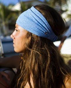 Bang Buster Headband / @Anna Totten Totten-Ruth Watts - is this what you have, does it move around, if not, I might get it for work to keep my hair out of my face- my headbands keep moving- but only if it's not 82364374623846 dollars