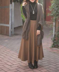 Women's Retro Artistic Long Wool Maxi Skirt {Dark Camel} || Colorstore2011 via Etsy