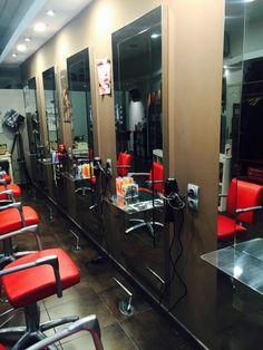 Mobiliario productos y complementos de peluqueria y - Interiores de peluquerias ...