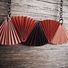 collar origami grulla - Buscar con Google