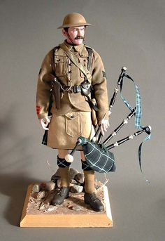 Photo by Andrew Sheppard British Army Uniform, British Soldier, Gi Joe, Airsoft, Military Action Figures, Miniature Figurines, World War One, German Army, Figure Model
