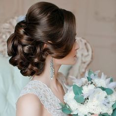 #WW Wedding Wednesday: the #Brides #hair on yiur wedding day is so important. Make sure you schedule your hair consultation a month in advance of your wedding date. It does not matter if you are all natural or need to add hair. Practice makes perfect! #cdeluxevents #cdeplanninganddesign #cdedestination