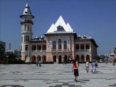 buzau_me0001 (7) Palaces, Castles, Louvre, Country, Architecture, Building, Travel, Arquitetura, Viajes