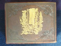 AN ILLUSTRATED HISTORY OF THE STATE OF OREGON (PEN PICTURES FROM THE GARDEN OF THE WORLD); Containing a History of Oregon from the Earliest Period of its Discovery to the Present Time, together with Glimpses of its Auspicious Future; Illustrations and Full-page Portraits of some of its Eminent Men and Biographical Mention of many of its Pioneers and Prominent Citizens of to-day.