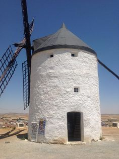 How to get to Consuegra, Spain: Consuegra windmill