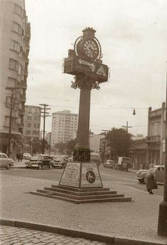 1953 - Relógio no Largo do Arouche.