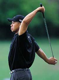 8 Stretching Exercises For #Golfers To #Prevent #LowerBackInjuries stretching tips, flexibility