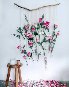 Great floral art & Styling flowers & DIY Floral Vase Wall Hanging (Using rose and eucalyptus!)The post DIY Floral Vase Wall Hanging (Using rose and eucalyptus appeared first on Dekoration. Deco Floral, Floral Wall, Floral Design, Floral Nursery, Decoration Chic, Handmade Home Decor, Handmade Crafts, Floral Arrangements, Diy And Crafts