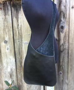 Messenger in black leather, leather bag, leather shoulder bag, woman bag … – Bag İdeas Leather Crossbody Bag, Leather Handbags, Black Crossbody, Leather Bags, Leather Purses, Leather Totes, Black Leather Messenger Bag, Leather Wallets, Artisanats Denim