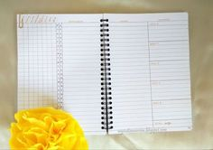 Make your own monthly calendar with twists in Bullet Journal traditional monthly log. See the 5 different (practical) Monthly Layout Ideas in this series.