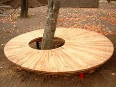 Tree Seat, Tree Bench, Bench Around Trees, Garden Seating, Modern Wall Decor, Garden Projects, Garden Inspiration, Backyard Landscaping, Garden Furniture