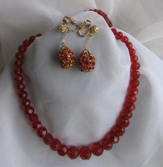 Vtg Faceted RED Graduated Glass Bead NECKLACE Filigree Ball Rhinestone earrings #unknownjuliana