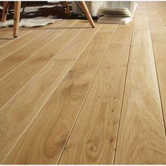 Passage:Important (couple avec un enfant) Pose:A coller . Parquet Flooring, Hardwood Floors, Flooring Ideas, Small Spaces, Tile Floor, Sweet Home, House, Blond, Leroy Merlin