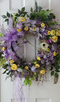 Wreath by petalsandpaintbrush designed by Melinda Koger
