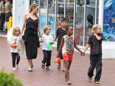 Дети Анджелины Джоли приняли участие в озвучке мультфильма «Кунг-фу Панда» #Кунгфупанда #АнджелинаДжоли #шоубиз #новости #события