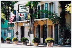 Historic Murphy's Inn, make reservations.