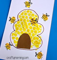 Have your kids make a cute bubble wrap beehive with fingerprint bees! This is a cute craft that is easy to make and doesn't cost much. All you need is paint, paper, and markers!