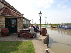 The Barge Inn at Seend is right on the Canal half way between Bradford on Avon and the Devizes lochs and serves great pub lunches.  Tip: book a table if you are going at the weekend.