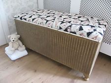 VINTAGE SHABBY CHIC GOLD WICKER LLYOD LOOM OTTOMAN ~ BLANKET / LINEN STORAGE BOX