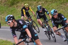 Team Sky protects Chris Froome on stage 20