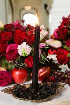 Black Candles, Blackberries & Lush Florals / Yvette Roman Photography / Beth Helmstetter Events / Bliss & Bone