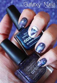 Sparkly galaxy nails - sparkly nails and manicure ideas perfect for homecoming!